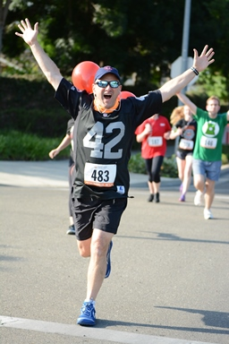 5K Runner Celebrating